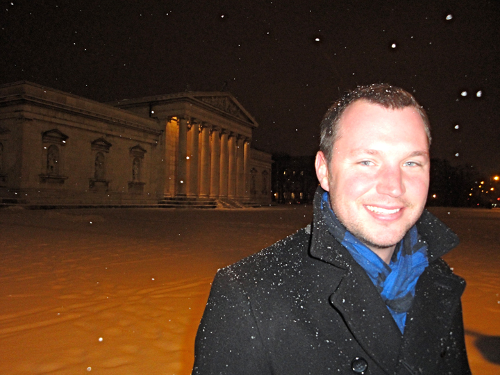 in front of the Glyptothek in Konigsplatz