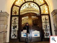 Jill at Löwenbräu entrance